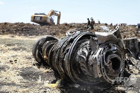 ボーイング社の飛行機が墜落で木っ端微塵!株価も墜落!乗り物銘柄にはご用心!